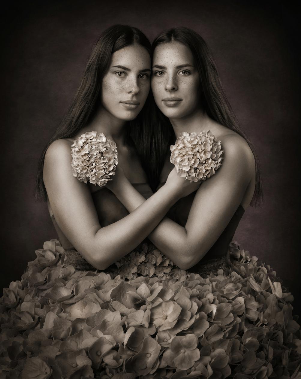 twins-in-flower